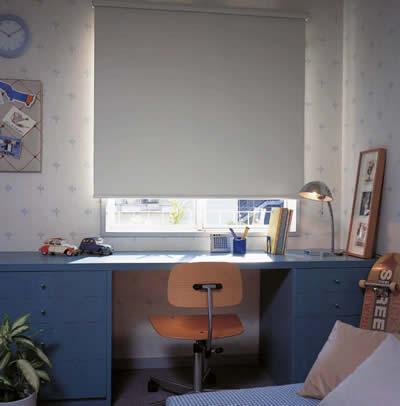 遮光スクリーンエフォートBCの施工画像